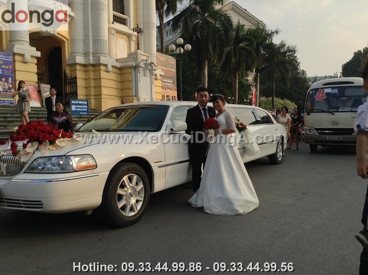 cho-thue-xe-cuoi-limousine-ha-noi (5)