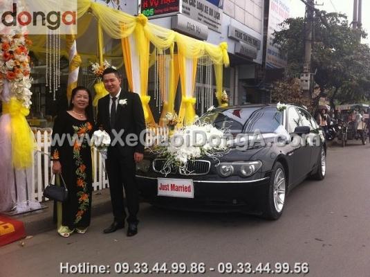 thue-xe-cuoi-bmw-760li-ha-noi (1)