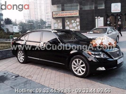 thue-xe-cuoi-lexus-ls460l-ha-noi (1)
