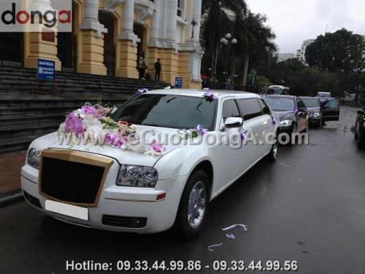 thue-xe-cuoi-limousine-ha-noi