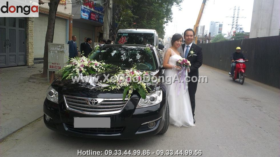 album-hinh-anh-khach-hang-thue-xe-cuoi-camry (4)