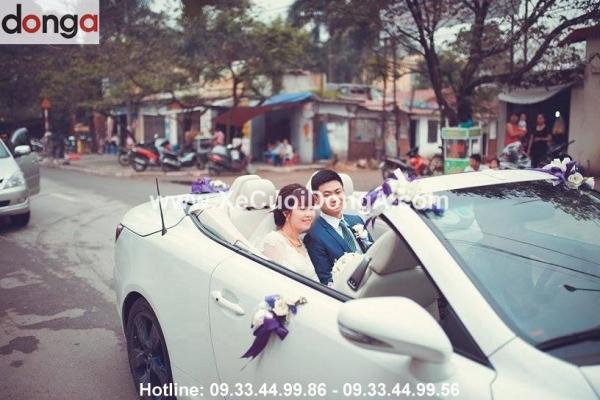 dong-hanh-cung-xe-cuoi-Lexus-dep-mà-sang-trong