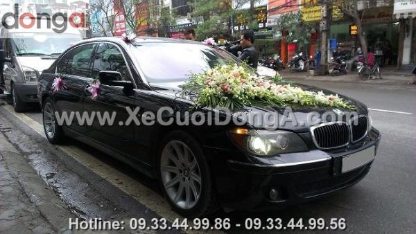 mach-ban-dia-chi-cho-thue-xe-cuoi-BMW-750Li-chuyen-nghiep (1)